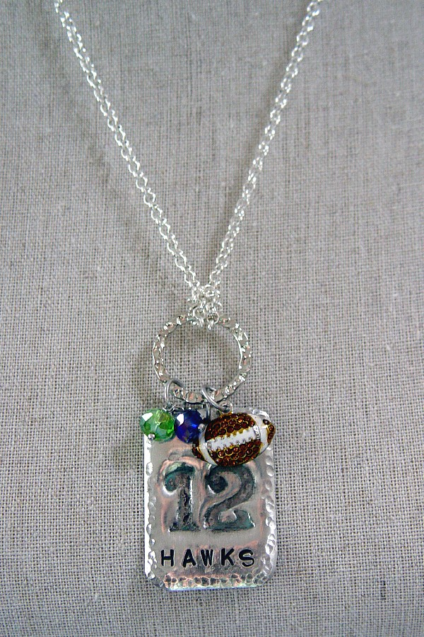 The 12 Pendant Necklace