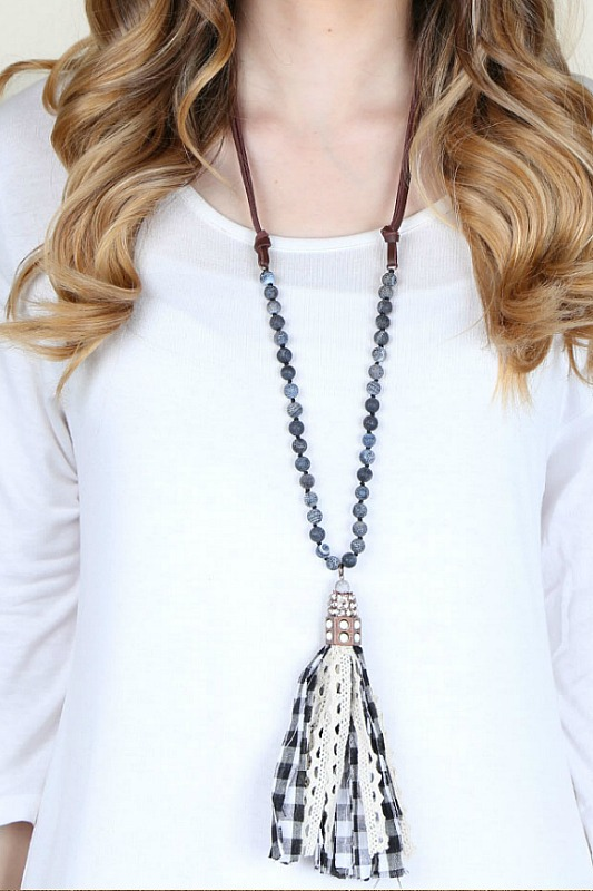 Checkered Tassel Necklace
