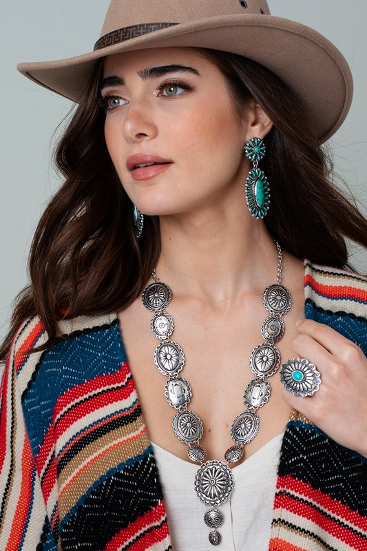 Western Style Concho Necklace