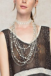 Modern Pearl Layering Necklace