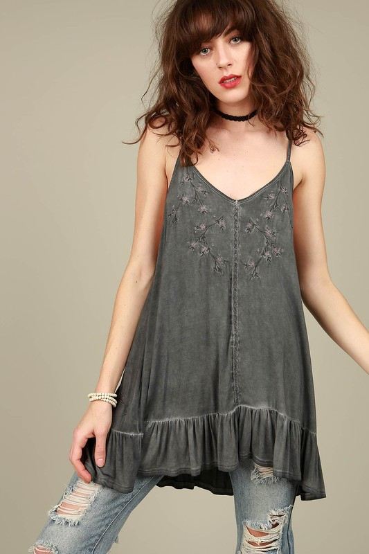 POL Floral Embroidered Tunic - Charcoal