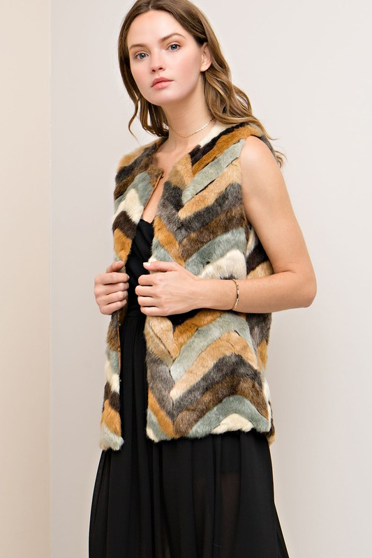 Chevron Faux Fur Vest - Tan