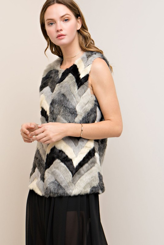 Chevron Faux Fur Vest - Black