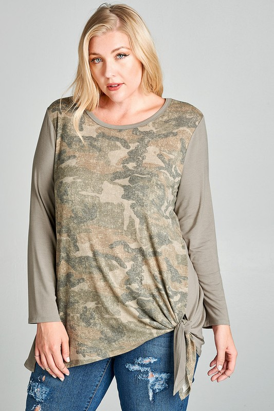 Plus Size Dusty Camo Print Top