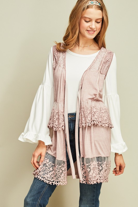 Travel to Paris Lace Vest  - Dusty Pink