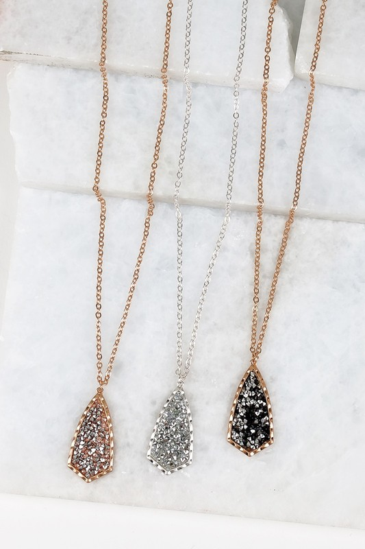 Glitter Stone Pendant Necklace (3 Colors)