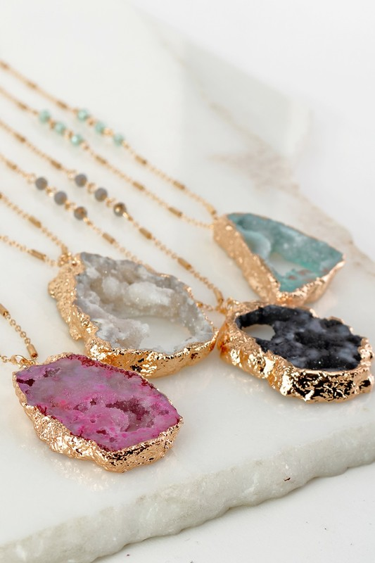 Druzy Stone Pendant Necklace (Choose Color)