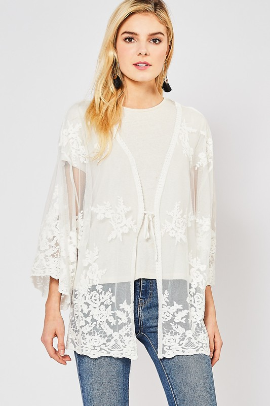 My Favorite Short Lace Kimono - Off White
