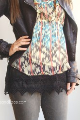 Pointed Lace Top Extender - Black