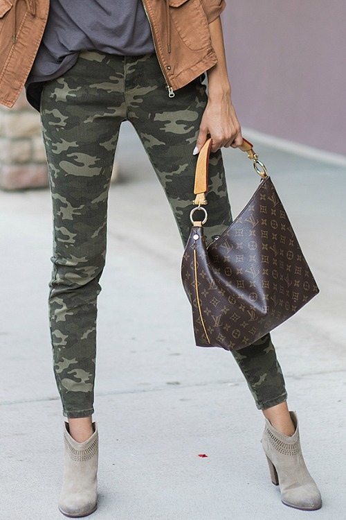 Camo Mid Rise Zip Up Jeggings by Grace & Lace