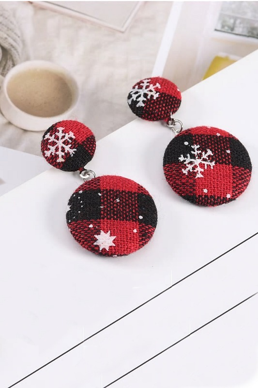 A Winter Wonderland Plaid Double Button Earrings