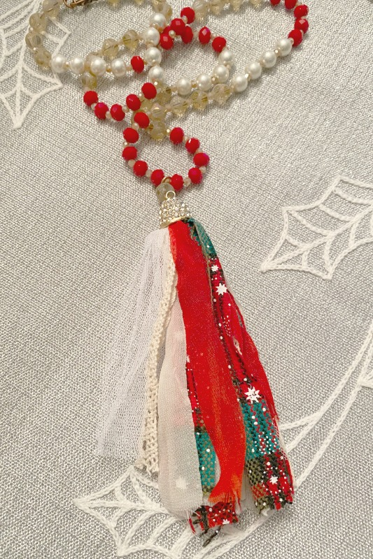 Holiday Tassel Necklace