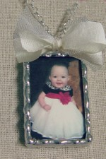 Keepsake Photo Pendant