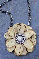 Large Flower Necklace - Cream