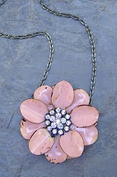 Flower Necklace - Light Pink