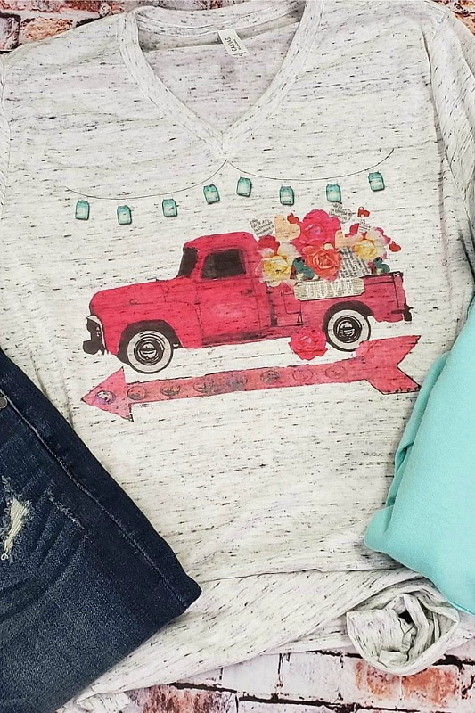 Plus Size Little Red Truck Vintage Tee