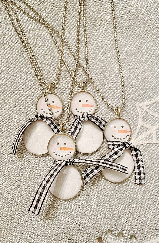 Soldered Snowman Necklace