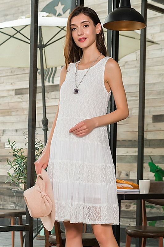 Garden Party Sleeveless Lace Dress - White